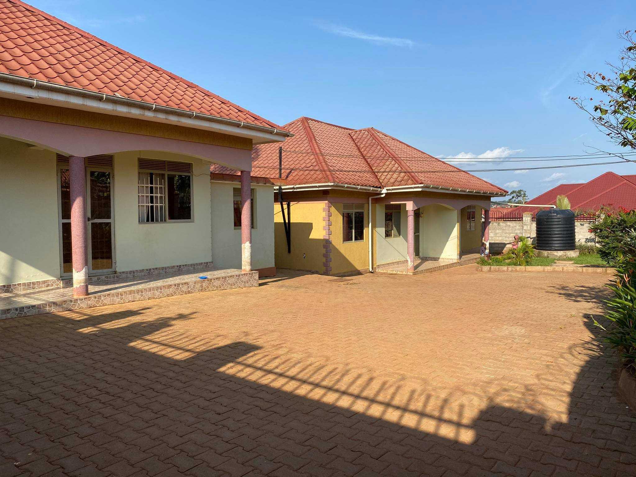 Kiira estate-WPS249